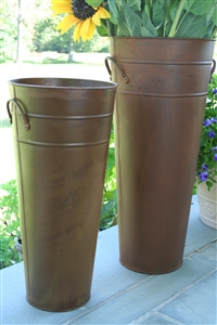 Rust French Flower Bucket
