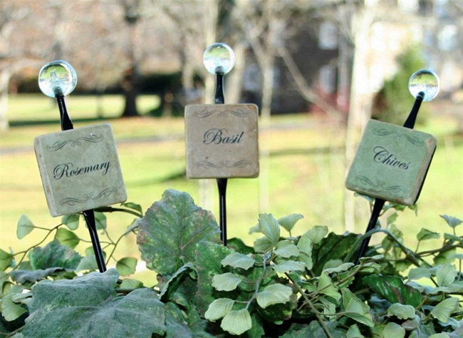 Vegetable Garden Markers - Message Garden Stakes - Gifts for Gardeners